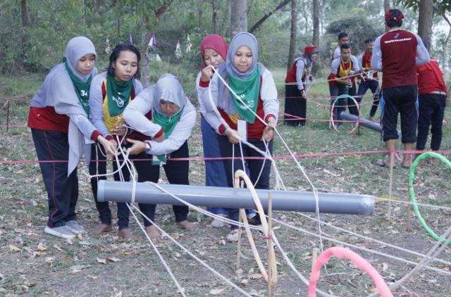 Team-Building-Training-0823-3236-0252